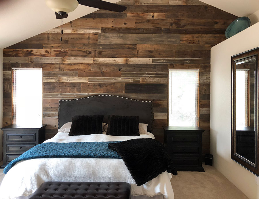 wood-accent-wall