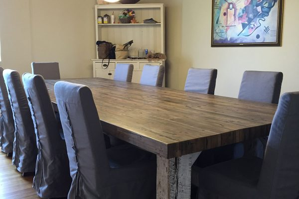 reclaimed-wood-dining-table